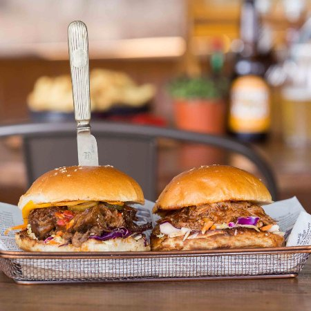Narellan, أستراليا: A range of burgers, perfect for lunch or dinner.