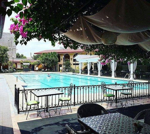 Montebello Villa Hotel : received_878703595629082_large.jpg