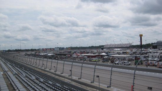 Darlington, Carolina del Sur: Back Stretch to Turn 2 from Covin Tower