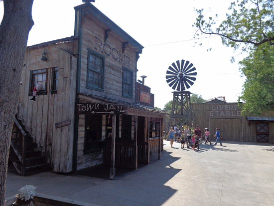 Буена-Парк, Калифорния: Knott's Ghost Town strret view