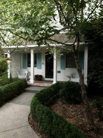 Cottage Grove Inn: photo0.jpg