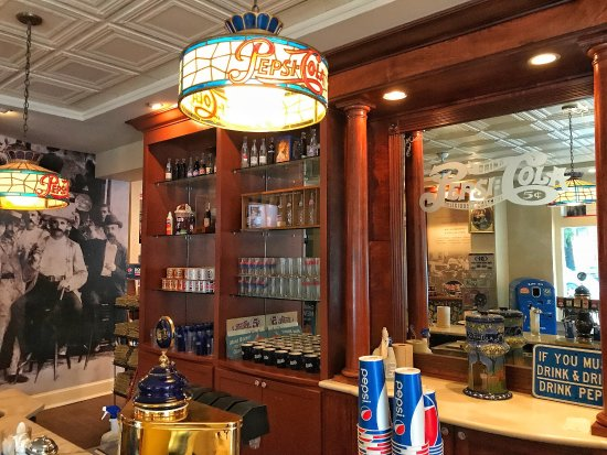 New Bern, NC: Great old soda fountain