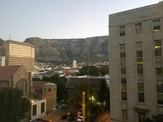 Mandela Rhodes Place Hotel: Table Mountain from my Room