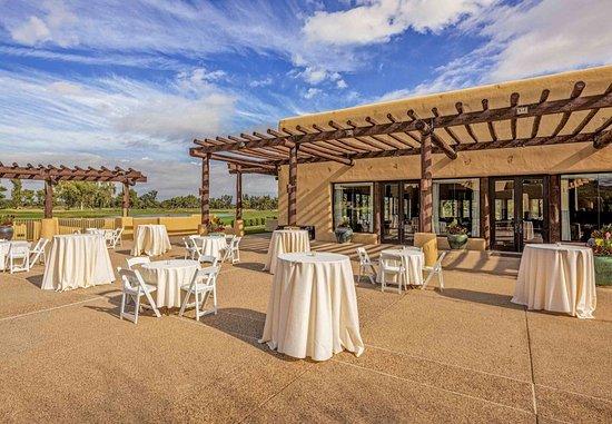 JW Marriott Scottsdale Camelback Inn Resort & Spa: Weddings at Lakeview
