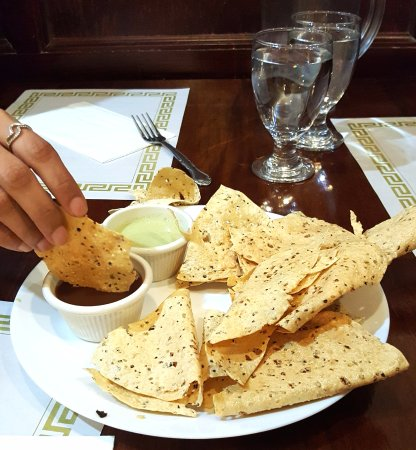 East Hartford, CT: papad as appetizer