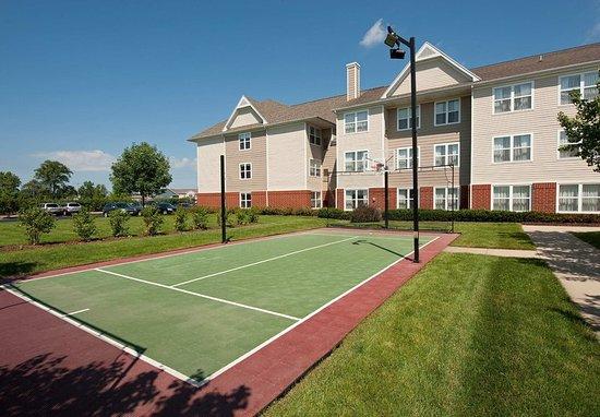 Grandville, MI: Sport Court
