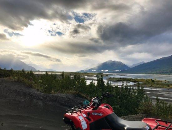 Palmer, AK: Amazing views the whole way.