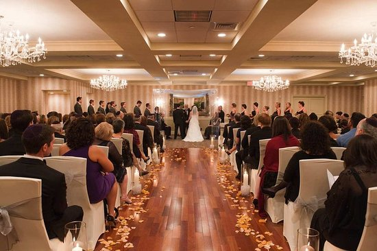 Doubletree By Hilton Hotel Tinton Falls Eatontown Sterling Ballroom Indoor Wedding
