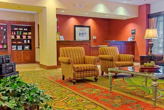Homewood Suites Miami-Airport West: Lobby