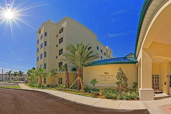Homewood Suites Miami-Airport West: Hotel Exterior