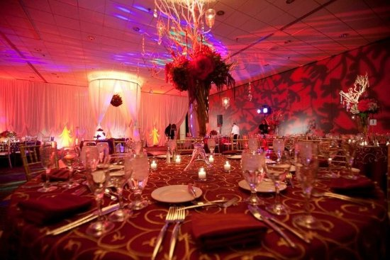 Doubletree by Hilton Chicago Magnificent Mile: Wedding Table Setup
