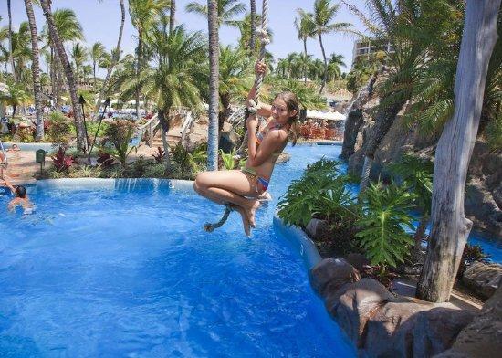 Grand wailea a waldorf astoria resort updated 2017 - Grand menseng hotel swimming pool ...