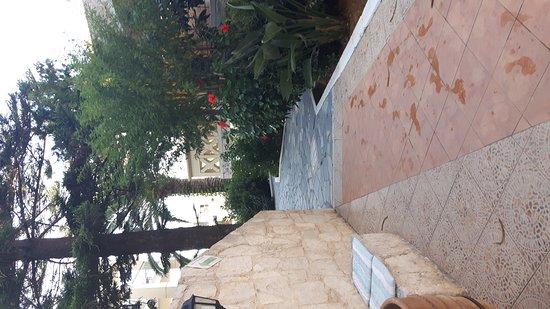 Kastalia Village & Saint Nikolas Hotel: 20170829_180556_large.jpg