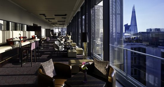 Doubletree by hilton hotel london tower of london for Sky design hotel