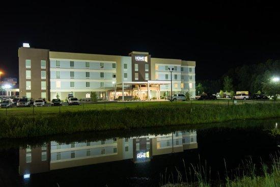 Lake City, FL: Exterior Night Last