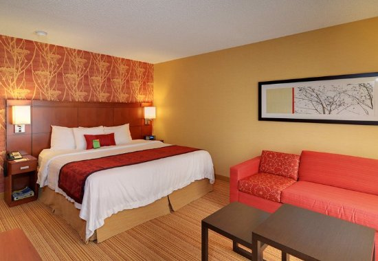 Springfield, OR: King Guest Room