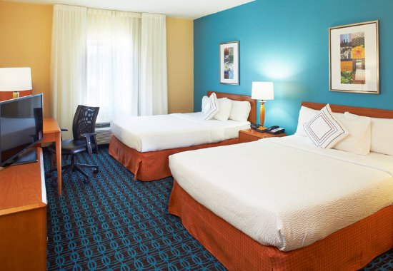 Lithonia, GA: Queen/Queen Guest Room