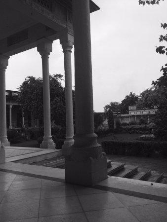 Neemrana's - Piramal Haveli: photo0.jpg