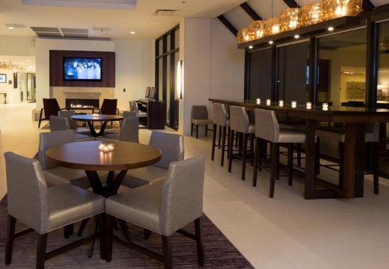 Whippany, NJ: Lobby Lounge