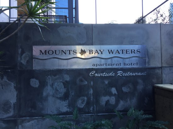Mounts Bay Waters Apartment Hotel: photo0.jpg