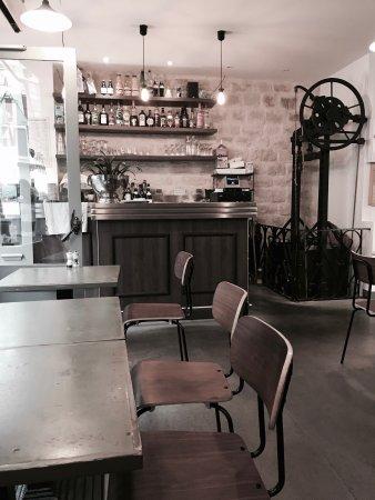 le monte charge levallois perret restaurantbeoordelingen tripadvisor. Black Bedroom Furniture Sets. Home Design Ideas
