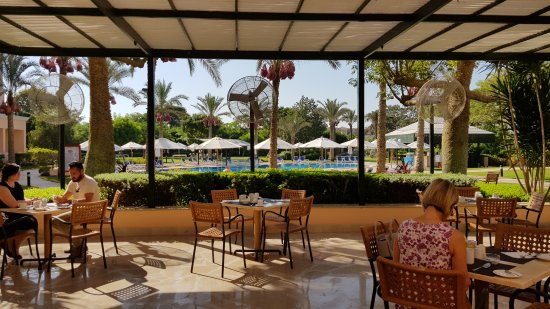 Novotel Cairo 6th Of October: 20170904_082421_large.jpg