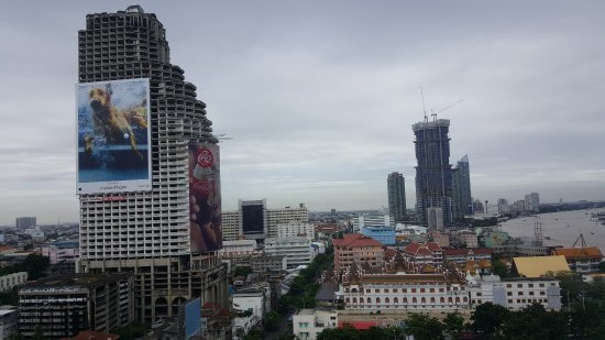 Centre Point Hotel Silom: Foto realizada desde la habitación (esquinera)