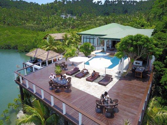 Edgewater Dive & Spa Resort
