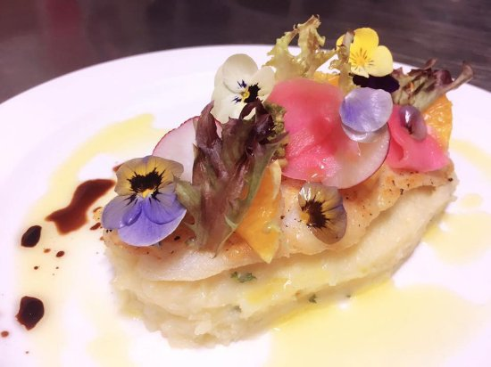 Armadale, Australia: Special week offer: Pan Fried Fish with Mashed Potatoes & lemon sauce with glass of wine for 19.