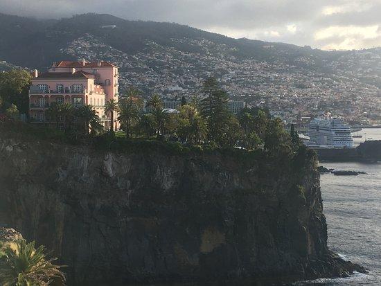 Hotel The Cliff Bay: Arrière du redis Palace
