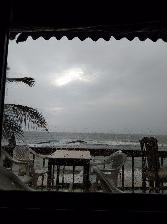 Anjuna, Indie: The window that opened into awesomeness.