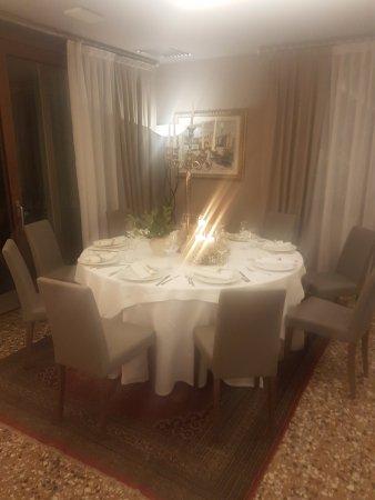 Salgareda, Ιταλία: Ristorante Marcandole - un angolo di eleganza