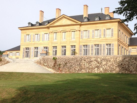Bourbon-Lancy, ฝรั่งเศส: Château de Saint Aubin Sur Loire