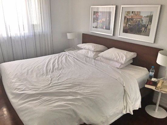 Camera da letto - Picture of Town Inn Suites, Toronto - TripAdvisor