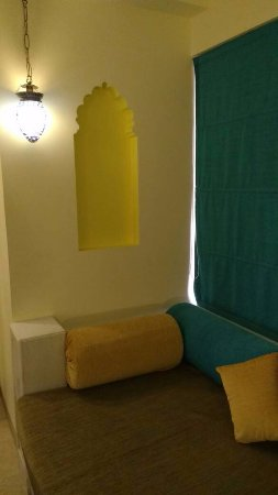 Club Mahindra Fort Kumbhalgarh: loved the happy yellows and the soothing blues