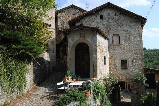 Borgo La Scola