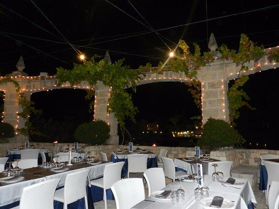Esterno del locale picture of specchia sant 39 oronzo polignano a mare tripadvisor - Specchia sant oronzo polignano ...