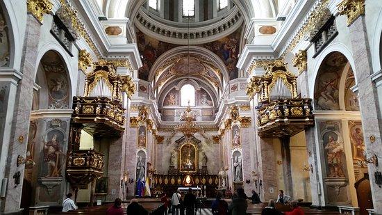 圣尼古拉斯大教堂(Stolnica Sv. Nikolaja)