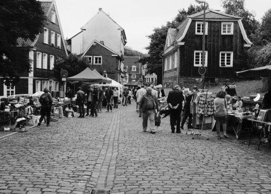 Altstadt Langenberg: Flohmarkt in der Langenberger Altstadt