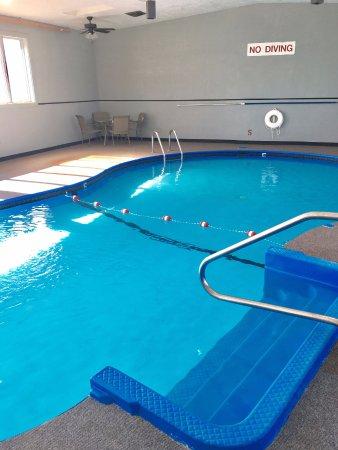 Monroe City, MO : Pool