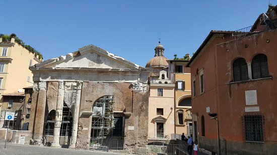Chiesa di Sant'Angelo in Pescheria