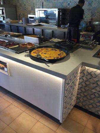 Evenia Olympic Palace: Snack à la piscine