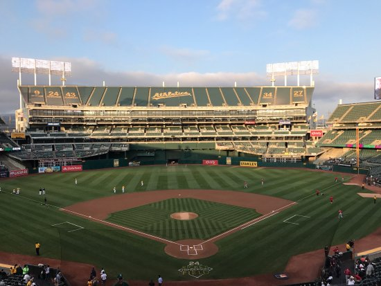 Oakland-Alameda County Coliseum: photo0.jpg