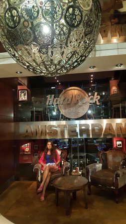 restoran giri i picture of hard rock cafe amsterdam amsterdam tripadvisor. Black Bedroom Furniture Sets. Home Design Ideas