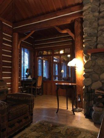 Fairmont Jasper Park Lodge: photo7.jpg