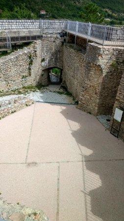 Costacciaro, Italy: Inside the castle