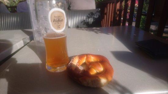 Vallouise, Frankrike: Bière et bretzel
