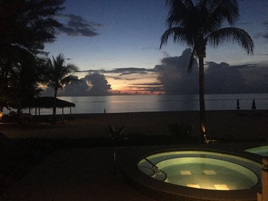 Beachcomber Grand Cayman: photo4.jpg