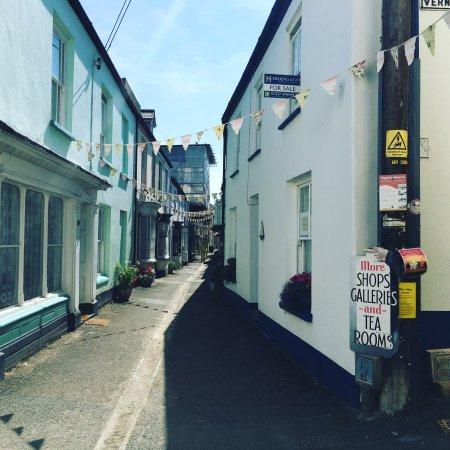 The Seagate Hotel: Local street
