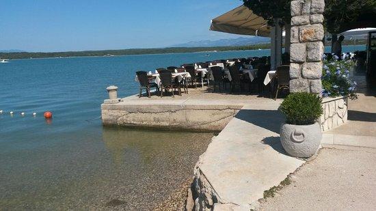 Klimno, Croatie : Außenbereich